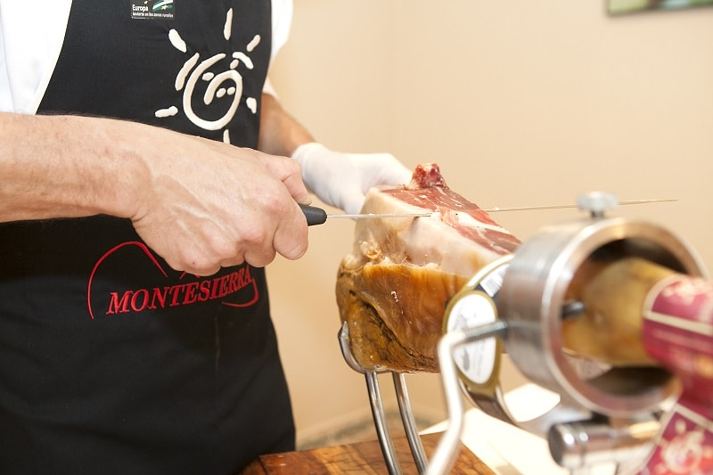 como cortar jamon iberico